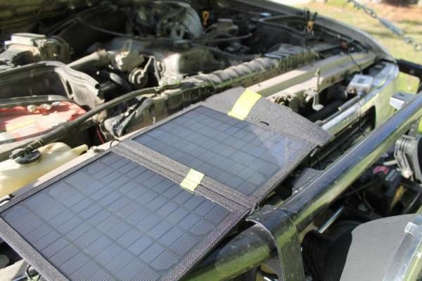 В состав портативного комплекта Guardian входит солнечная панель Goal Zero. Чтобы зарядить аккумулятор автомобиля нужна лишь солнечная погода