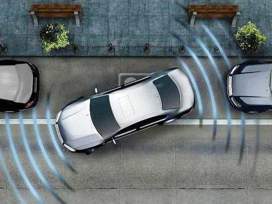 "По сути дела, парктроник - это ""устройство от столкновения"" с другими автомобилями при парковке"