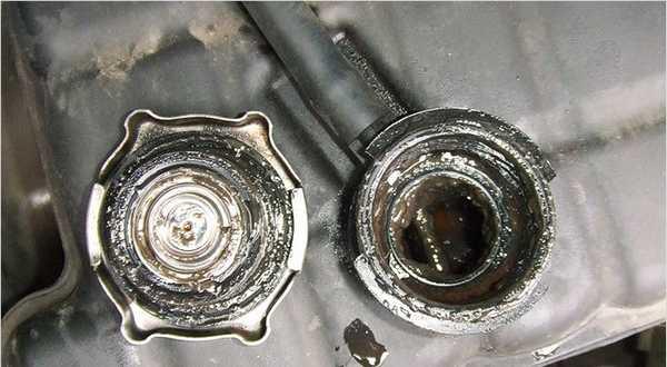 Так выглядит система охлаждения двигателя после хорошей промывки