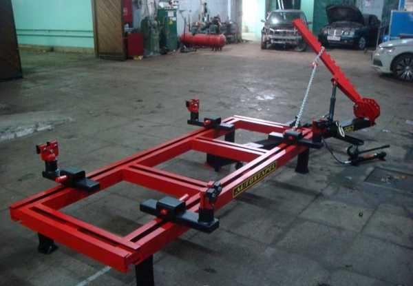 Рамный стапель для кузовного ремонта