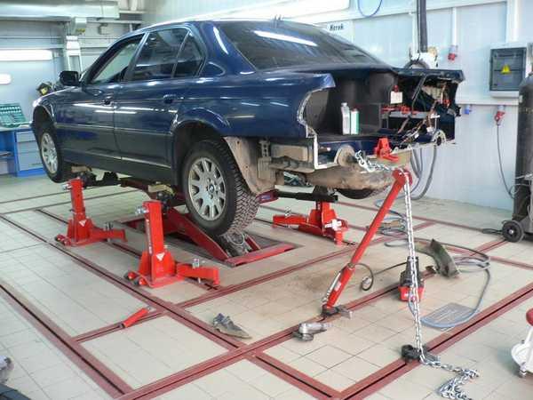 Напольный стапель для кузовного ремонта