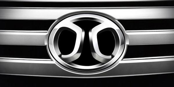 Эмблема BAIC на авто