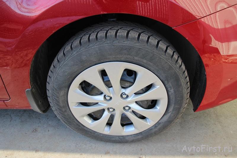 Вплоть до комплектации Prestige на автомобиль устанавливаются штампованные диски