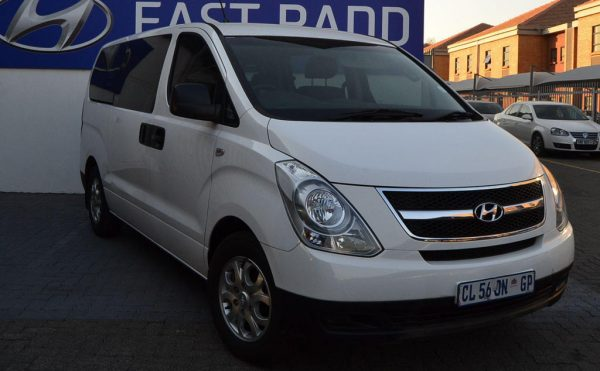 Минивэн Hyundai H-1 M класс
