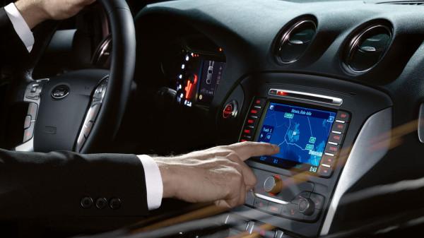 Сенсорный экран экран Ford Touch в Форд Мондео 2014
