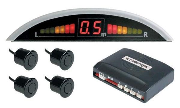 Стандартная комплектация парктроника содержит электронный блок управления, датчики и индикатор расстояния