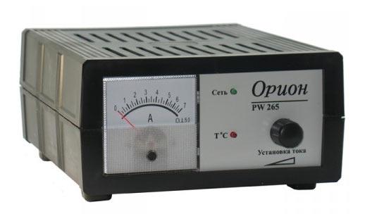 Импульсное зарядное устройство Орион 256. Оснащено амперметром и регулятором уровня тока