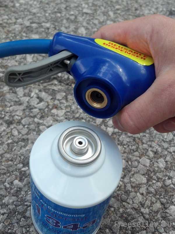 Оборудование для заправки автомобильных кондиционеров собирается просто