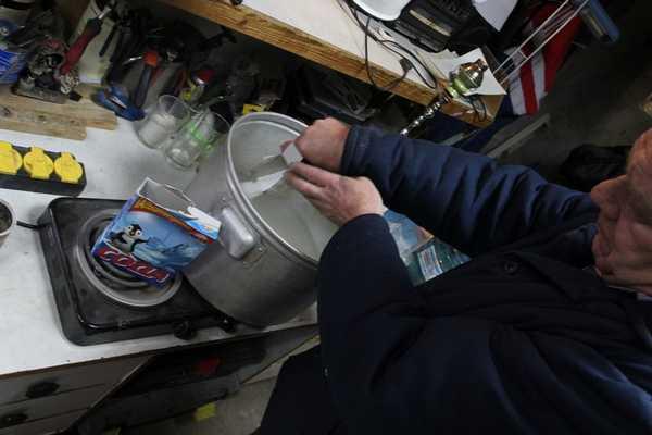 Щелочные растворы для промывки системы охлаждения двигателя используются при наличии жирных остатков