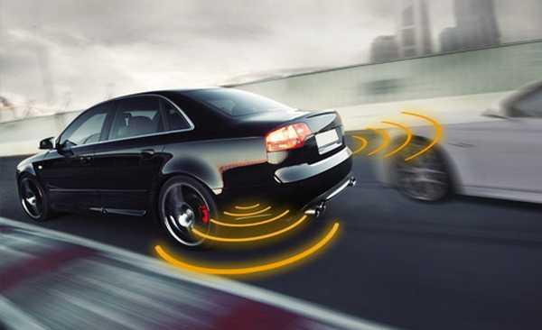 Контроль слепых зон автомобиля