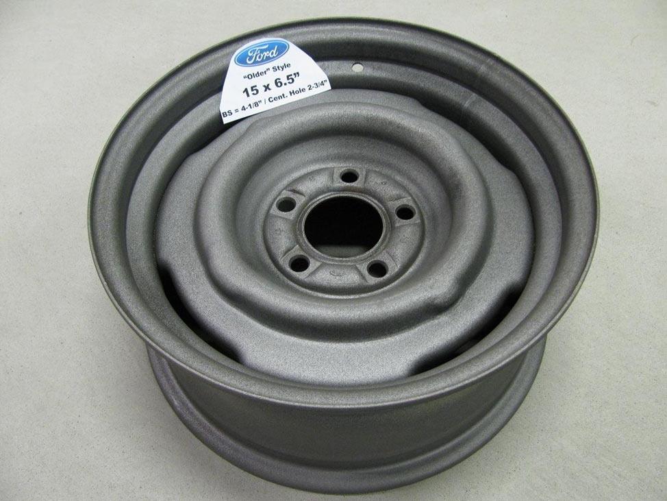 Штампованный диск фирмы Ford